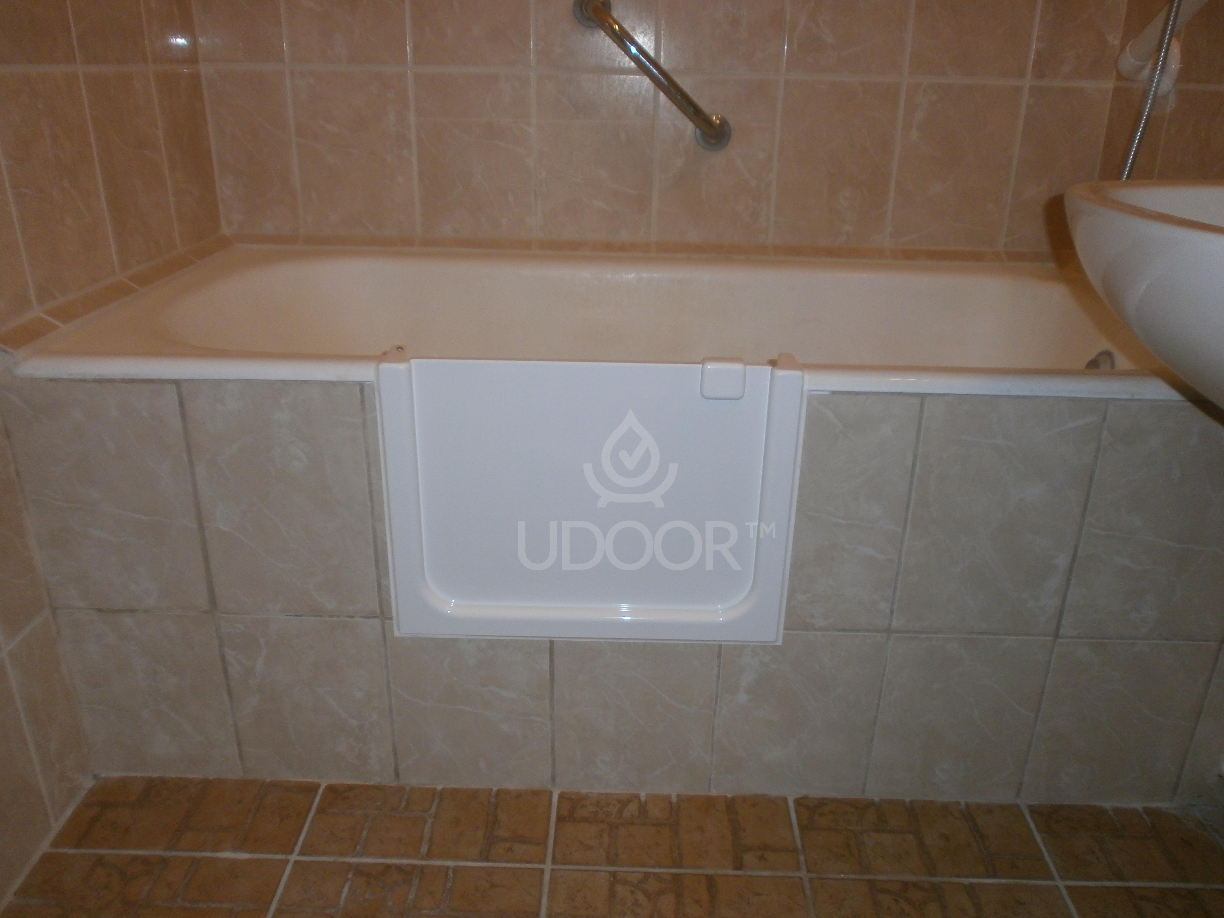 Cast iron bathtubs with brick wall - UDOOR - Bathtub door